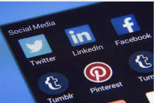 how to choose a social media platform based on the characteristics of overseas social media